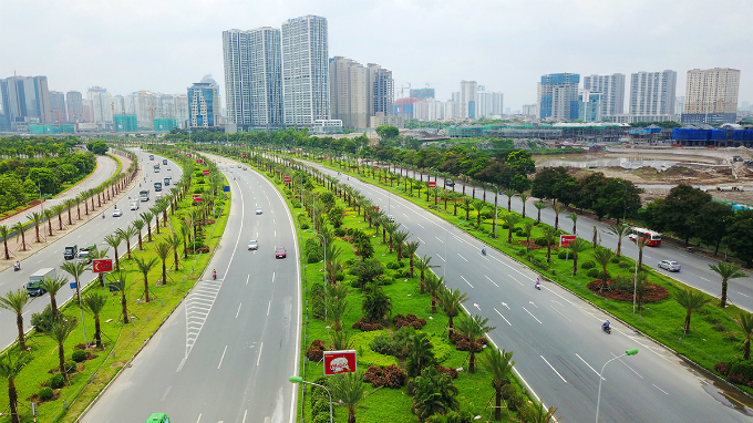 how-the-green-grassy-median-strips-in-hanoi-become-a-divisive-political-saga
