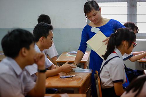 Vietnam raises minimum wage for public employees