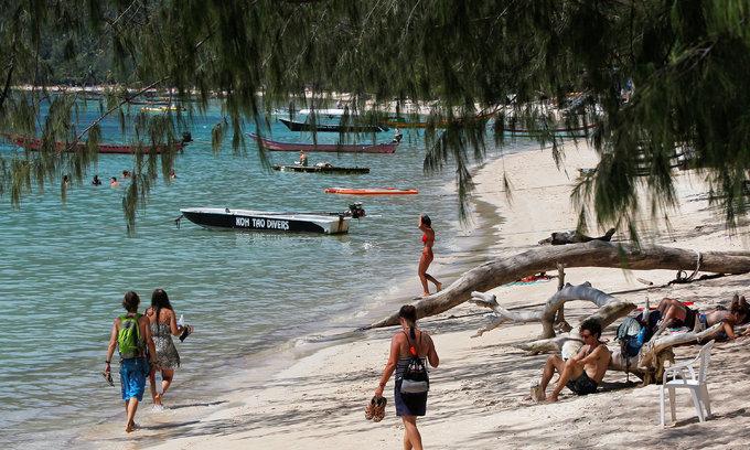 Thai police probe Belgian tourist's 'suicide' amid online doubts