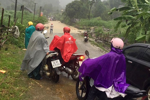 two-dead-one-missing-as-heavy-rain-floods-hit-northern-vietnam