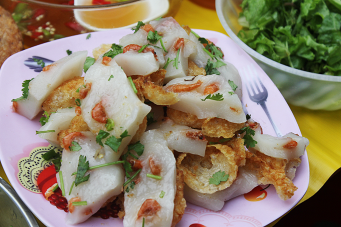 serving-up-a-storm-da-nang-market-gives-you-a-true-taste-of-vietnamese-street-food-5