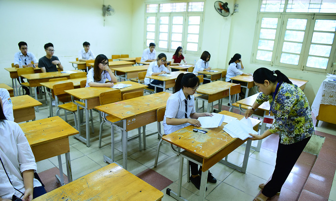 Can you get 10/10 on Vietnam's English high school exam?