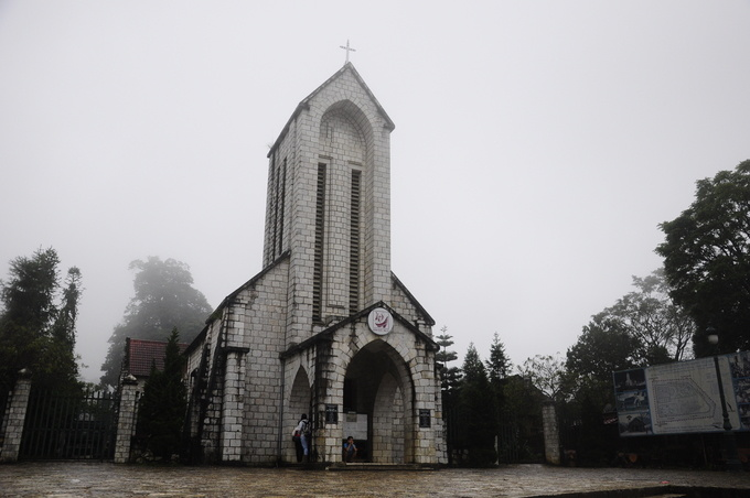 10-churches-with-curious-nicknames-on-a-tour-of-vietnam-ed