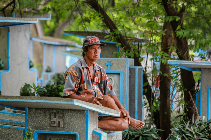 in-saigon-life-gets-tougher-in-the-land-of-the-dead-4
