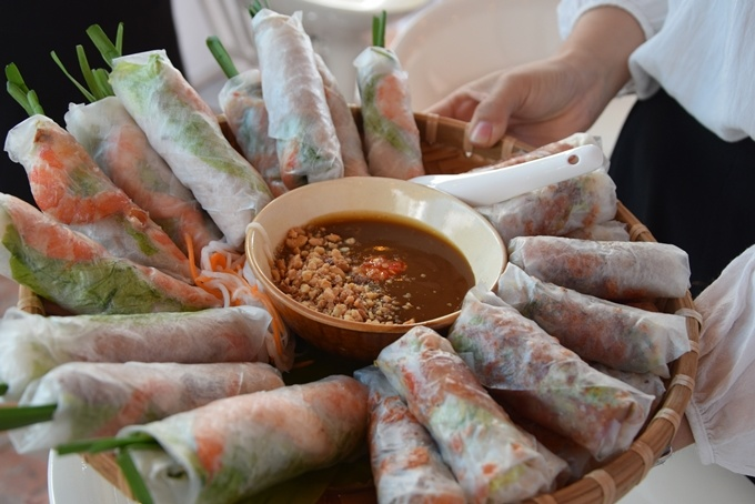 cnn-poll-name-vietnams-pho-spring-rolls-among-worlds-best-foods-1