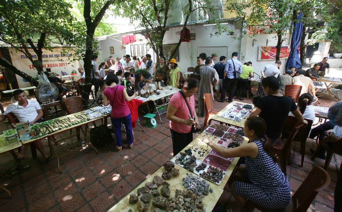 5-where-the-gemstones-sparkle-in-hanoi-1