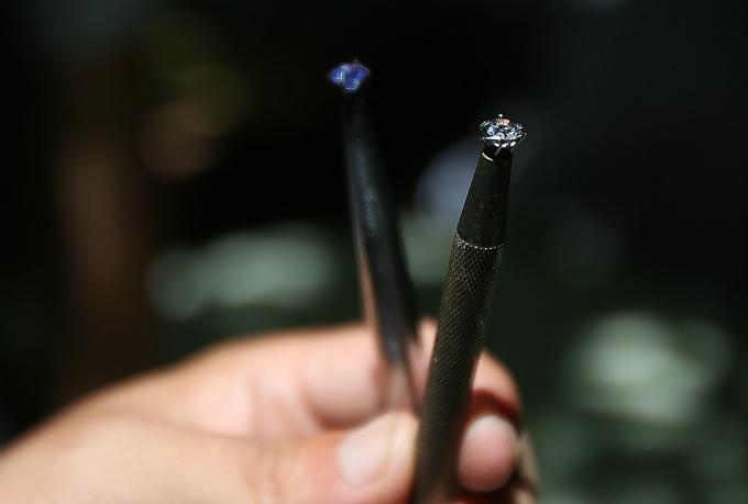 5-where-the-gemstones-sparkle-in-hanoi-5
