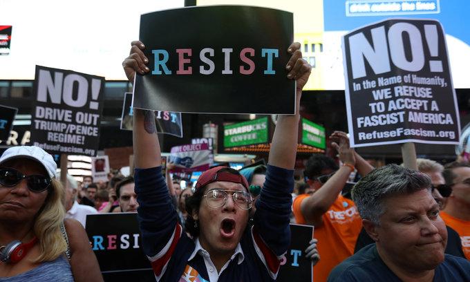 Trump to ban transgender U.S. military personnel, reversing Obama