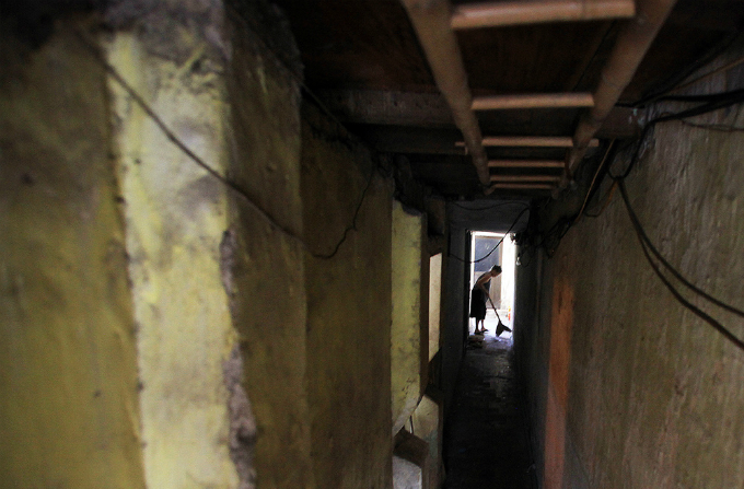 squeezing-through-hanois-alleys-where-size-really-does-matter-1