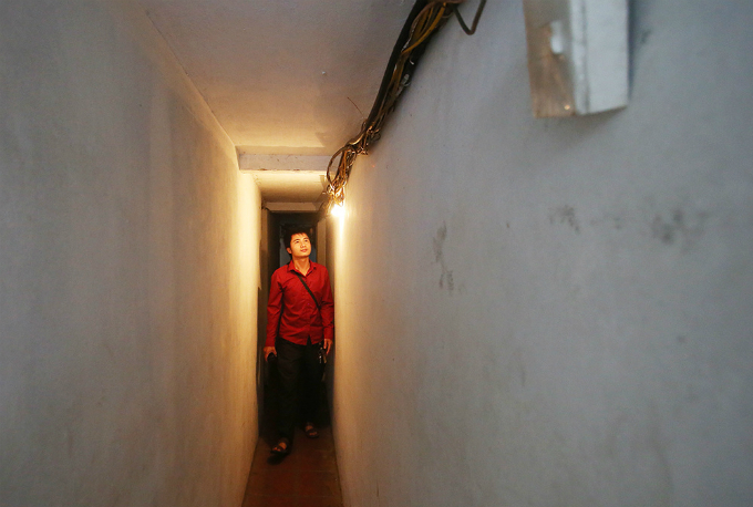 squeezing-through-hanois-alleys-where-size-really-does-matter-5