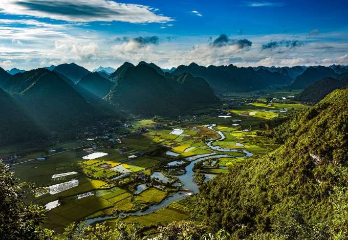 this-valley-in-northern-vietnam-will-take-your-breath-away-7