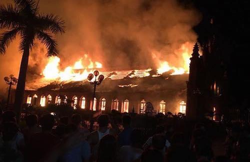 The church in blaze