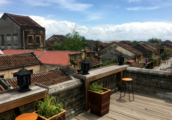these-rooftop-cafes-offer-a-fresh-look-at-hoi-an