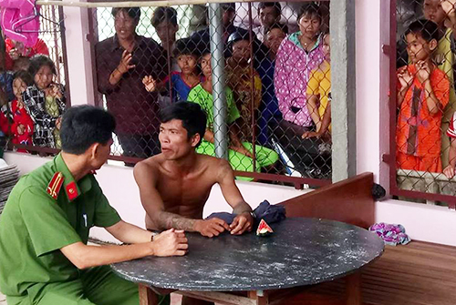 man-turns-rooftop-into-dance-floor-in-southern-vietnam