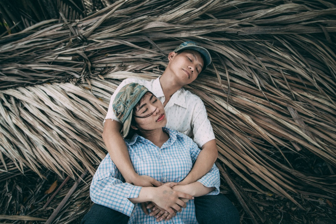 back-to-basics-vietnamese-couple-plays-farmers-in-wedding-snaps-5