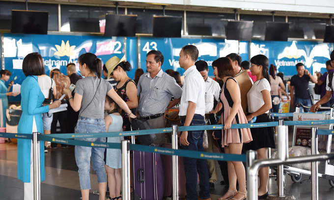 Vietnamese PM orders aviation insiders to cut delays by improving human element