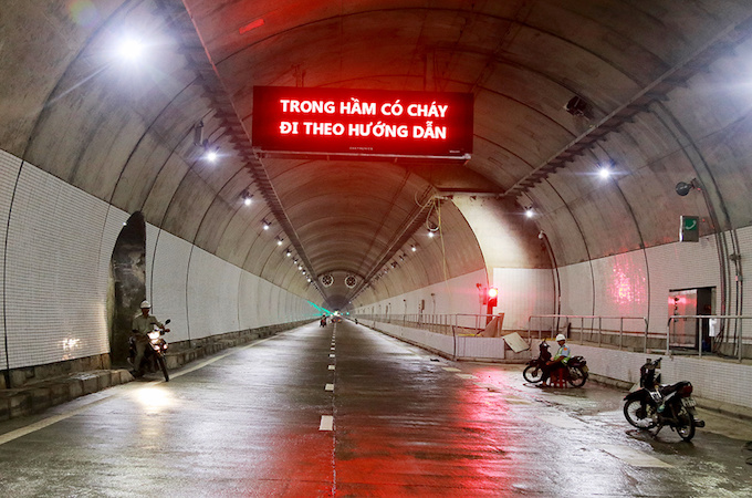 vietnam-set-to-open-new-tunnel-through-mountain-pass-to-reduce-crashes-1