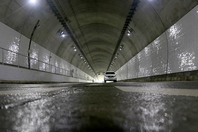 vietnam-set-to-open-new-tunnel-through-mountain-pass-to-reduce-crashes-8