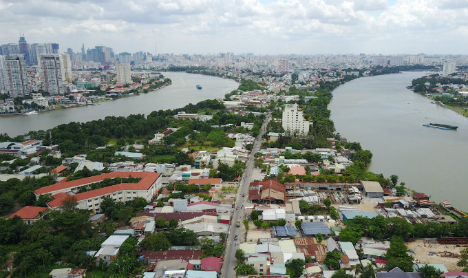 25-years-of-suspended-construction-freezes-saigon-peninsula-in-a-time-warp-1