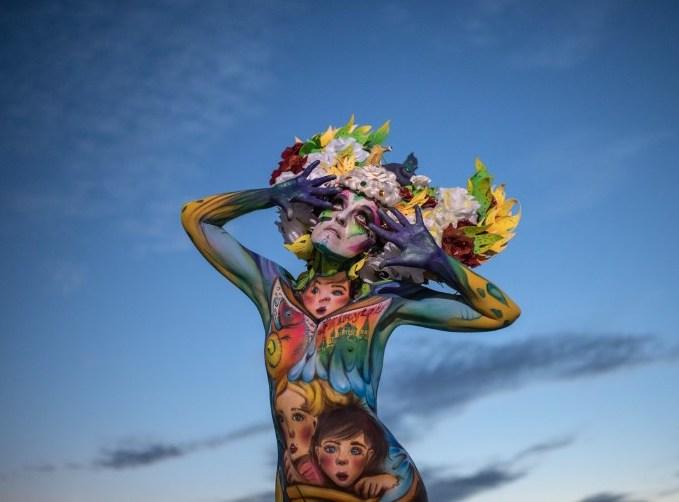 naked-models-become-living-art-at-s-korea-festival-1