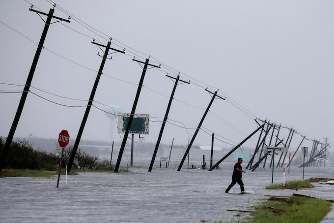 crews-rescue-hundreds-from-homes-and-cars-as-harvey-floods-houston-1