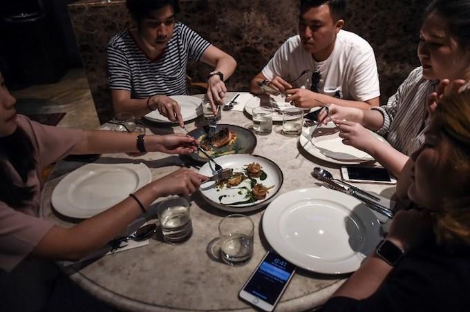 gourmet-grub-thai-fine-diners-explore-insect-cuisine-2
