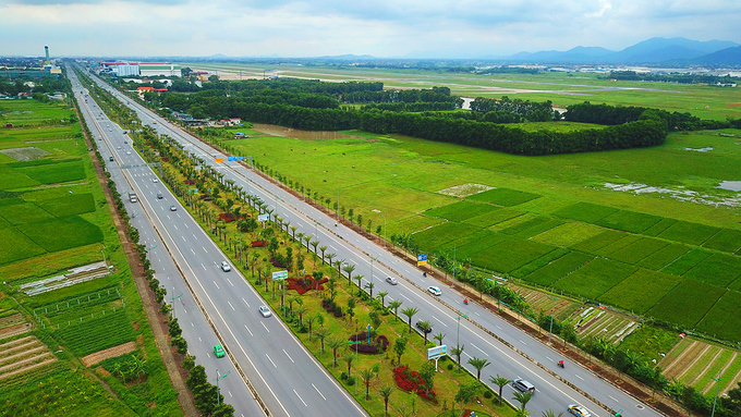 thousands-of-new-trees-line-hanoi-street-as-city-shoots-for-a-million-3