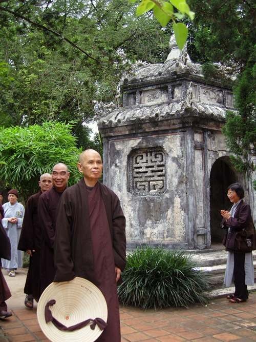visit-the-pagoda-where-zen-master-thich-nhat-hanh-will-stay-in-vietnam-3