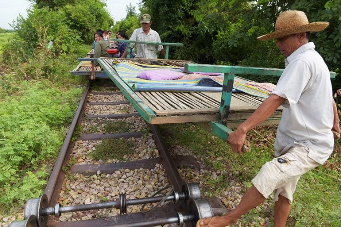 end-of-the-line-for-cambodias-homegrown-bamboo-train