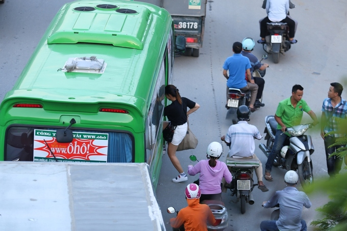 congestion-hits-saigon-and-hanoi-again-as-migrants-go-home-for-national-day-9