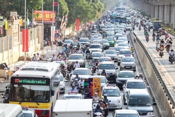 congestion-hits-saigon-and-hanoi-again-as-migrants-go-home-for-national-day-7