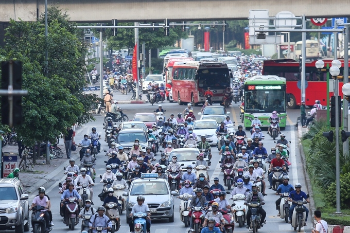 congestion-hits-saigon-and-hanoi-again-as-migrants-go-home-for-national-day-8