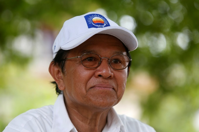 cambodian-leader-gets-chinas-backing-as-west-condemns-crackdown