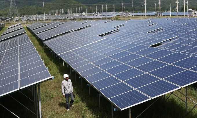 For city economies to prosper, poor need clean power: researchers
