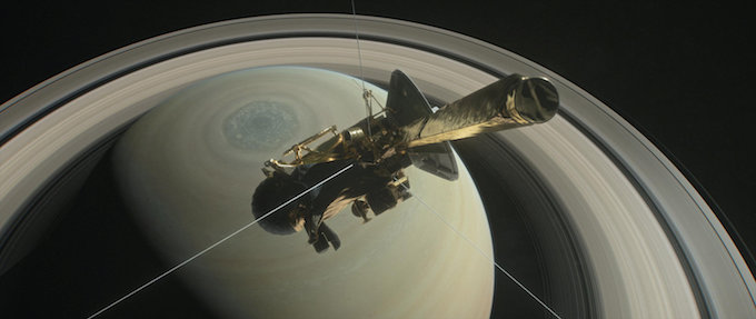 cassini-spacecraft-ends-13-year-odyssey-with-fiery-plunge-into-saturn