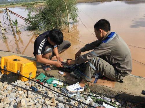 Typhoon Doksuri paralyzes Vietnam's major telecom networks