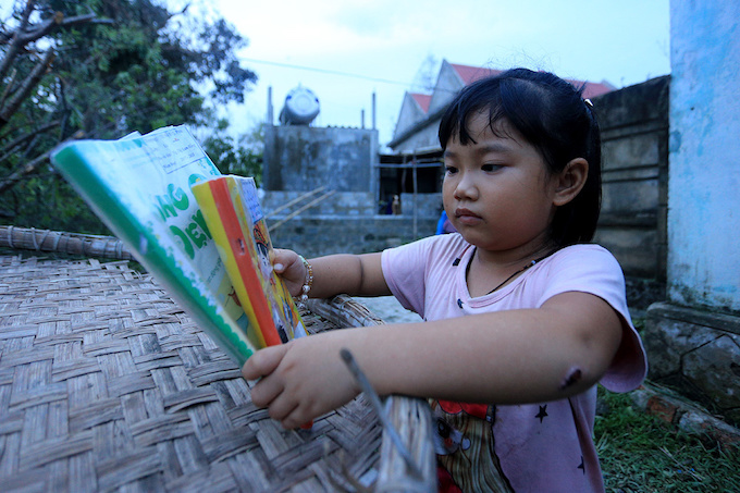 in-central-vietnam-life-after-doksuri-means-making-peace-with-the-brokenpieces-4