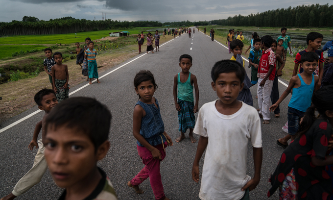 Amid the exodus, lone Rohingya children face dangers in camps