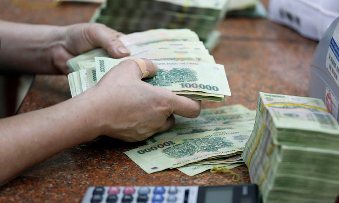 Vietnam's government debt jumps 80 pct in four years