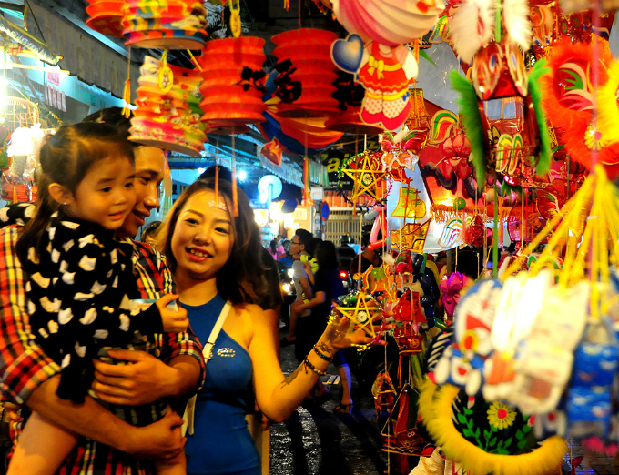 Where to celebrate Mid-Autumn Festival like a local in Hanoi