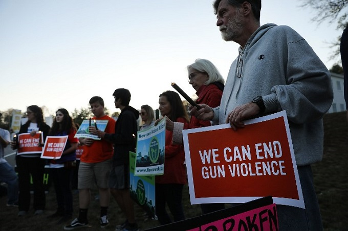 After Vegas massacre, US gun lobby backs calls for new curbs