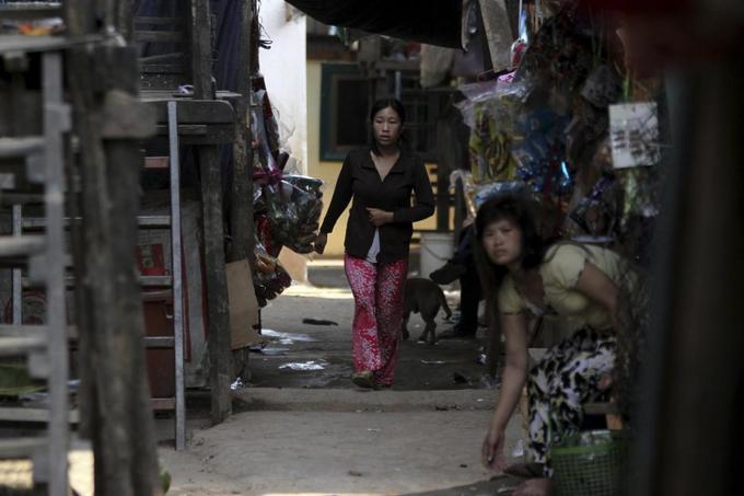 Cambodia identifies 70,000 'improper' citizens, mostly ethnic Vietnamese