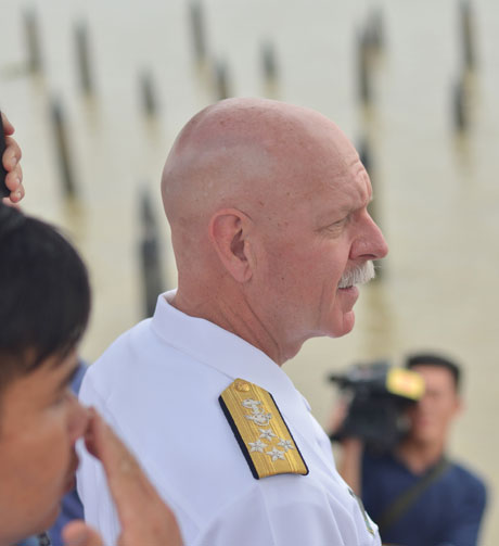 US Navy commander visits river where Vietnam defeated China
