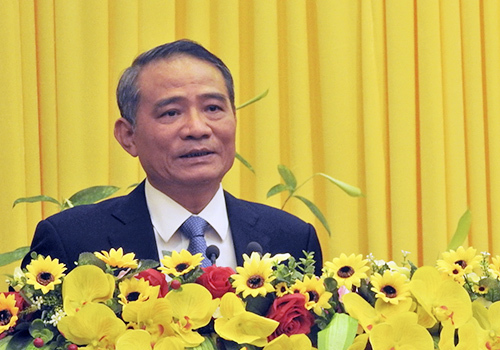 Vietnam picks transport minister as top leader of Da Nang