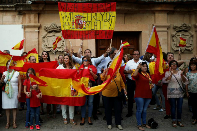 catalan-leader-under-pressure-to-drop-independence