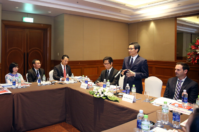 Deputy Prime Minister Vu Duc Dam at a meeting with the Steering Board of the Vietnam Business Council for Sustainable Development. Photo courtesy of Vietnam Government Online Newspaper/Doan Dinh Nam