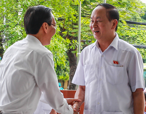 Vietnamese president meets HCMC constituents in rare public appearance