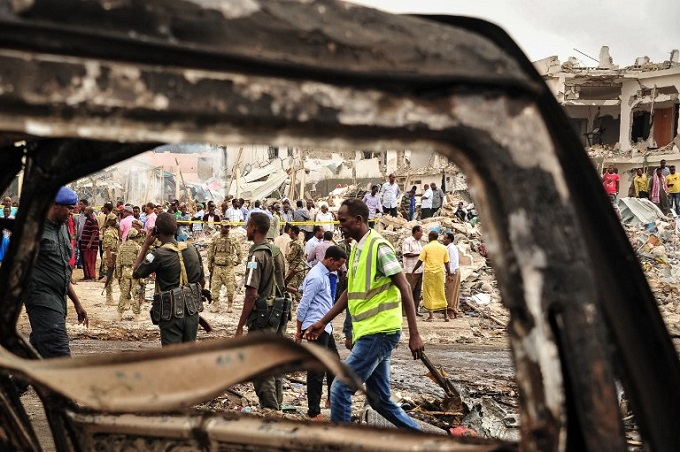 somalias-deadliest-bombing-kills-276-injures-300