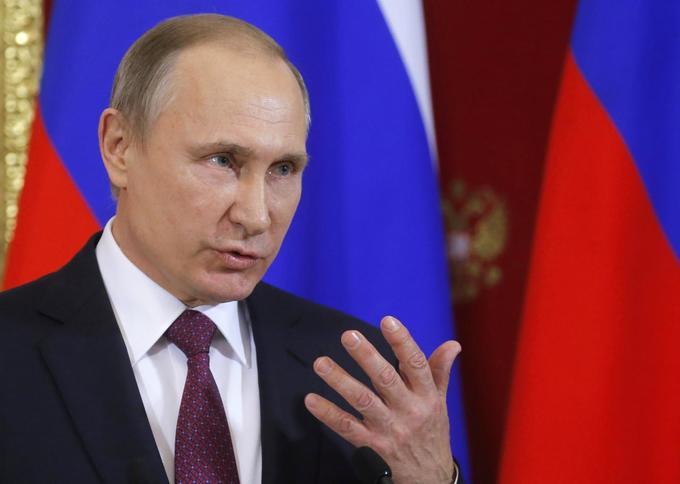 Putin to visit Vietnam for APEC summit