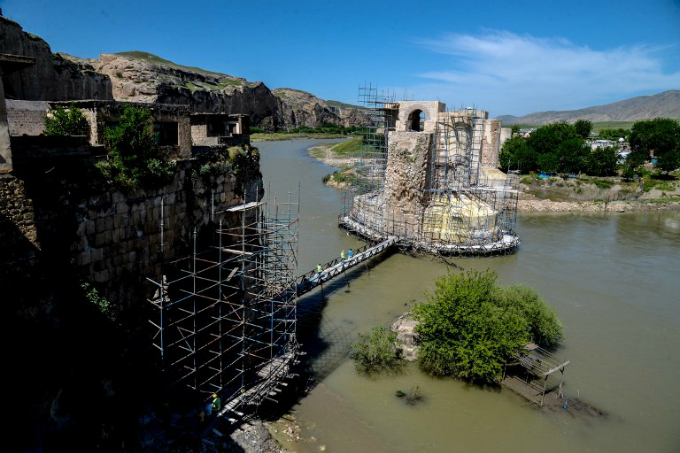 a general view of Hasankeyf bridge across the Tigris River in the Hasankeyf district in Batman. Photo